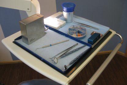 Zahnarzt-Utensilien